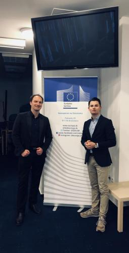 Tobias Mayer, Dietmar Pichler im Haus der Europäischen Union (Bratislava)