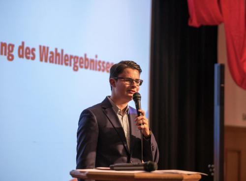Tobias Mayer auf der Bühne